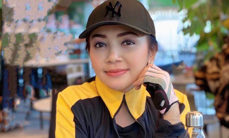 "Photo of Jadi ""Ratu Endorse"" Selly Mantra Naik 5 Kg"