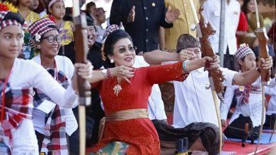 Photo of Putri Koster: Mari Gotong Royong dan Ber-Tat Twam Asi!