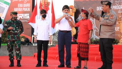 Photo of Luhut-Koster Tos Arak Bali Jelang Buka Pintu Wisatawan Nusantara