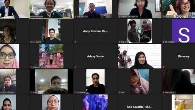Photo of Keluarga Bisa Jadi Pintu Masuk Literasi Digital