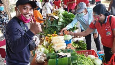 Photo of Buka Pasar Gotong Royong, Pemprov Wajibkan PNS Beli Produk Petani Lokal