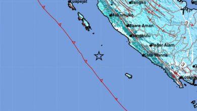 Photo of Warga Rasakan Gempa Kuat M6.6 Saat Guncang Kota Bengkulu