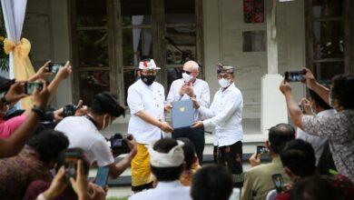Photo of Gusde Sidharta Konsul Kehormatan Republik Ceko untuk Bali, NTT, NTB