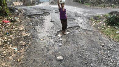 Photo of Ejek Mas Sumatri, Dana Diminta Tengok Jalan Pura Dalem Desa Datah