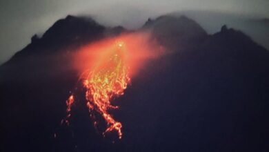 Photo of Aktivitas Vulkanik Merapi Naik, BPPTKG Laporkan Guguran Lava Pijar