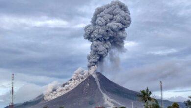 Photo of Erupsi Tiga Kali, Kolom AbuSinabung Capai 1.000 Meter