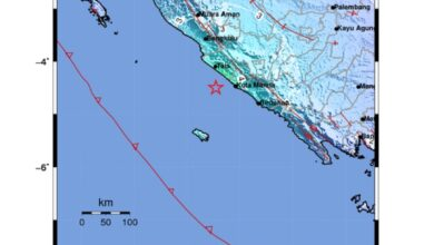 Photo of Gempa M5,8 Dirasakan Kuat, Warga Bengkulu Sempat Panik