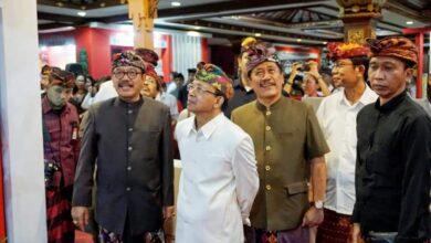 Photo of Gus Arda Sebut Semua PMI asal Bali Pasti Divaksin