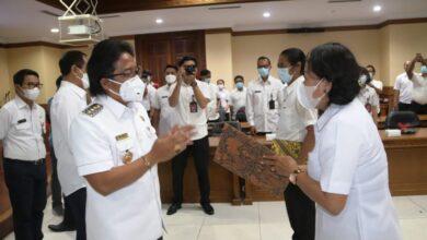 Photo of Meski Pandemi, Giriasa Angkat Status 43 Pegawai Honor