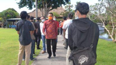 Photo of PMI Berangkat Akhir April, Vaksin II Setelah 14 Hari
