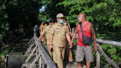 Photo of Gede Dana: Segera Perbaiki Jembatan dan Jalan Rusak