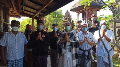 """Photo of Giring Desa Adat Main Tutup, MKKBN Sebut Ketua MDA Bali """"Penghasut"""""""