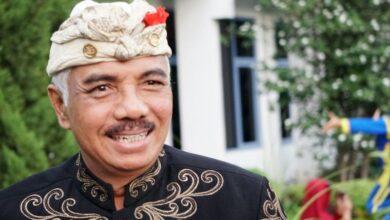Photo of Spanduk SKB Diturunkan, Ketua MDA Bali: Tutup Saja, Jangan Ragu-Ragu!