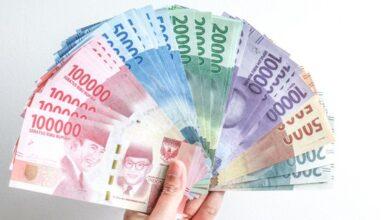Photo of Permintaan Uang Tunai Naik di Hari Raya