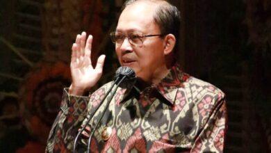Photo of Disebut Langgar HAM, Gubernur Bali Dilaporkan ke Komnas HAM