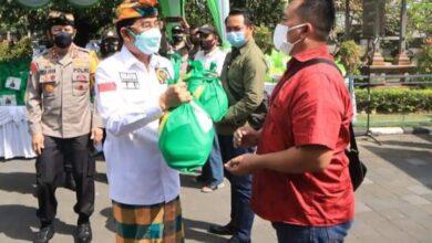 Photo of Bali Bangkit, AA Gde Agung Ajak Alumni Covid-19 Donor Plasma Konvalesen