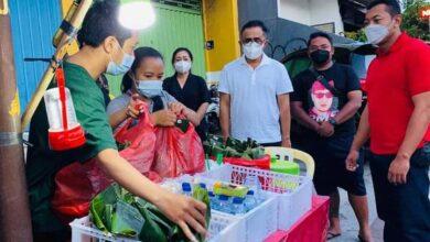 Photo of Nasi Jinggo Diborong, Pedagang Doakan Kesehatan Jaya Negara