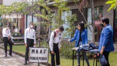 Photo of ITB STIKOM Bali Gelar Pra GMTI Drive Thrue